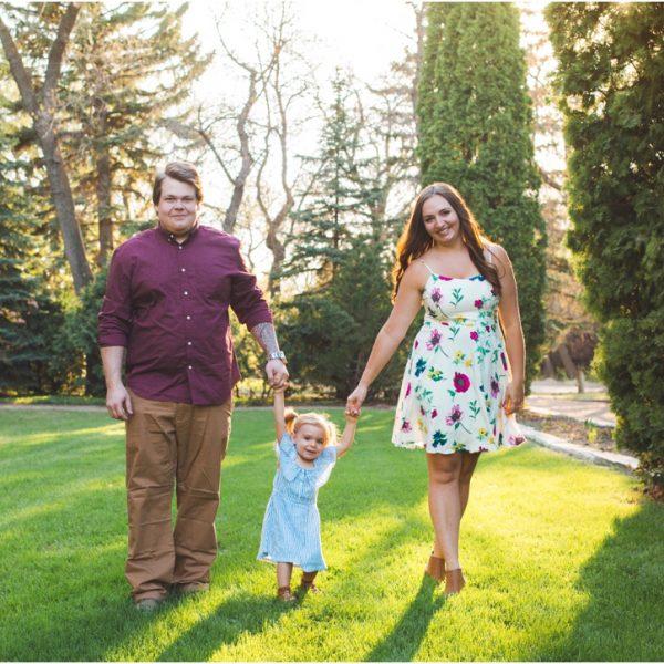 Alyssa + Kyle | Saskatoon Forestry Farm